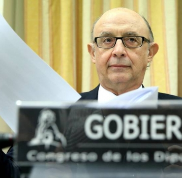 Hacienda permite ya a los autónomos aplazar deudas de menos de 30.000 euros sin garantías