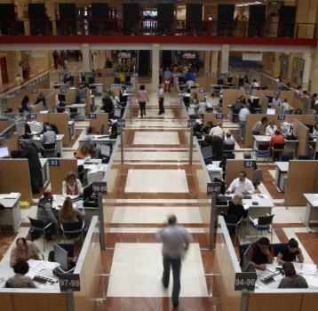 Medio millar de empresas ya informan de sus facturas con el nuevo SII