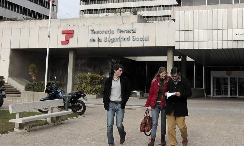 El Gobierno permitirá a todos los autónomos pedir una prestación de 700 euros