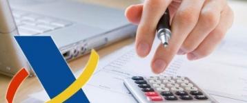 Retención en factura o modelo trimestral