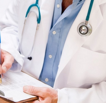 Bajas inferiores a cinco días naturales el médico podrá emitir las bajas y las altas a la vez